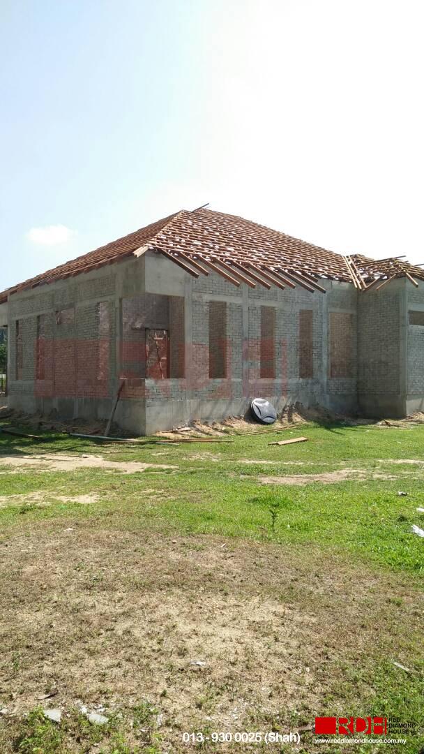 Bina Rumah Atas Sendiri bumbung 12