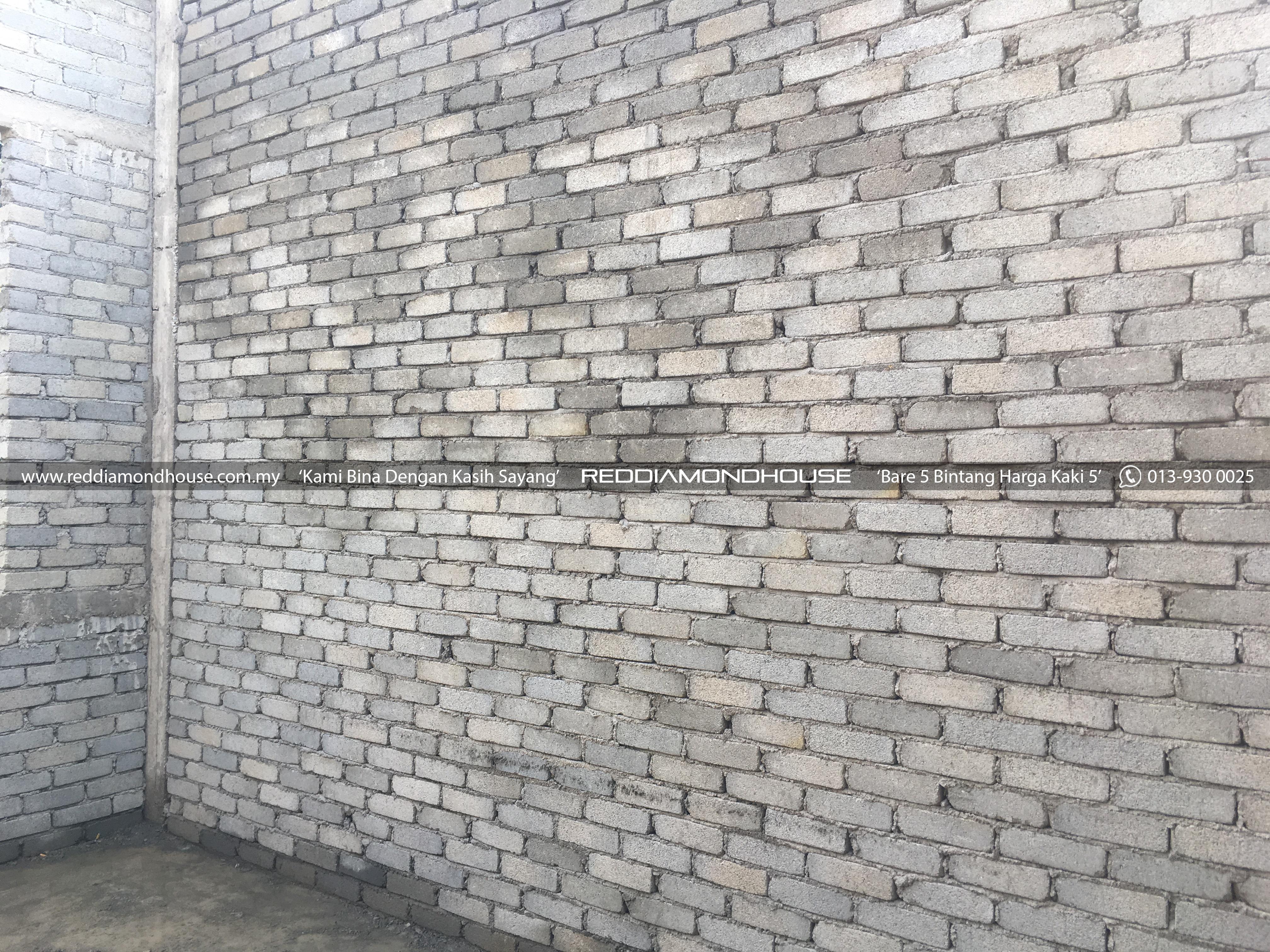 Bina Rumah Atas Sendiri Dinding 12
