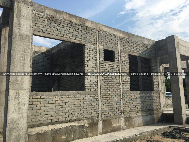 Bina Rumah Atas Sendiri Dinding 13