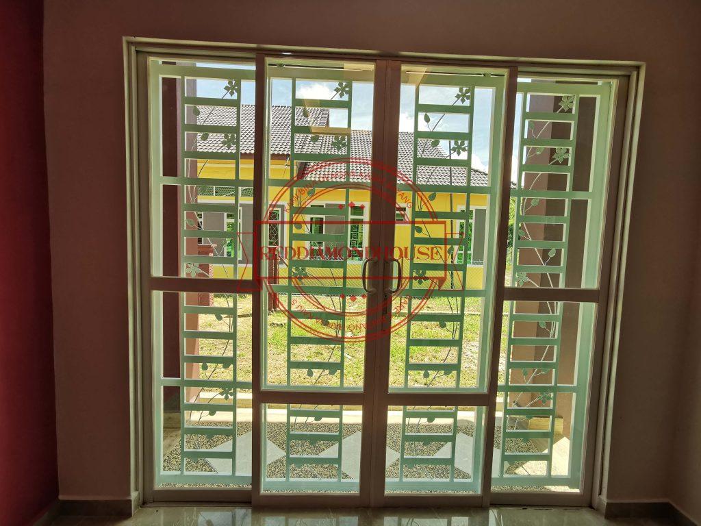 Bina Rumah Atas Tanah Sendiri TPI03 17002 GRIL 02